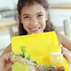 Co dostává dítě k jídlu?